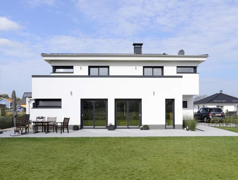 Bauhaus-Villa in monolithischer Ziegelbauweise - Lebensraum ...